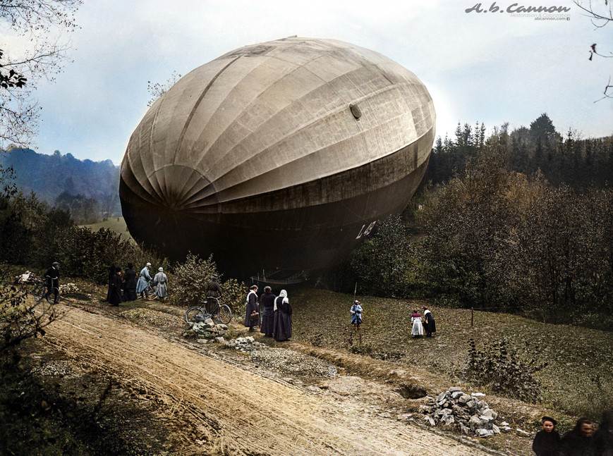 WWI German Zeppelin forced to land over France recovered Intact, 1917