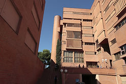 bio u of barcelona campus.jpg