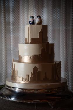 skyline wedding cake design fluffly thou