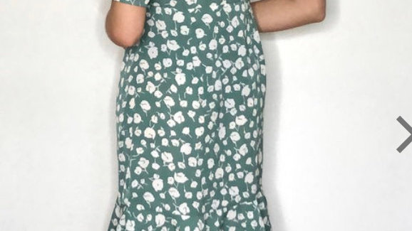 Gini London Frill Hem Sage Green Faux Wrap Short Sleeve Dress