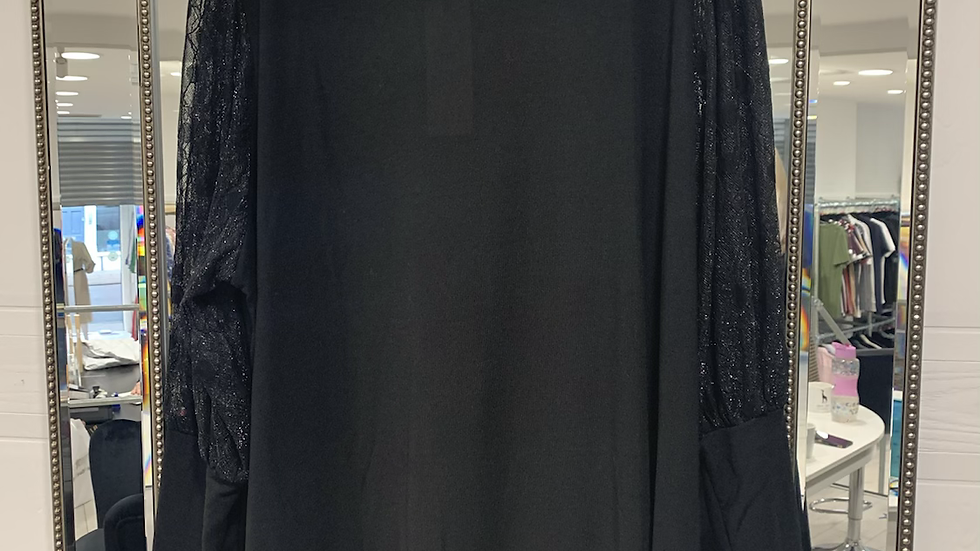 Black top sparkly sleeve curvy size 28