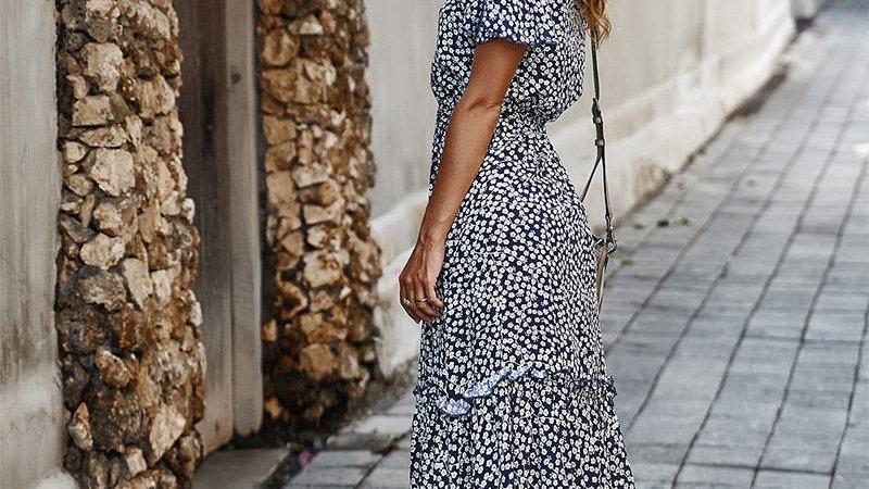LooBees Knee Length Patterned Dress