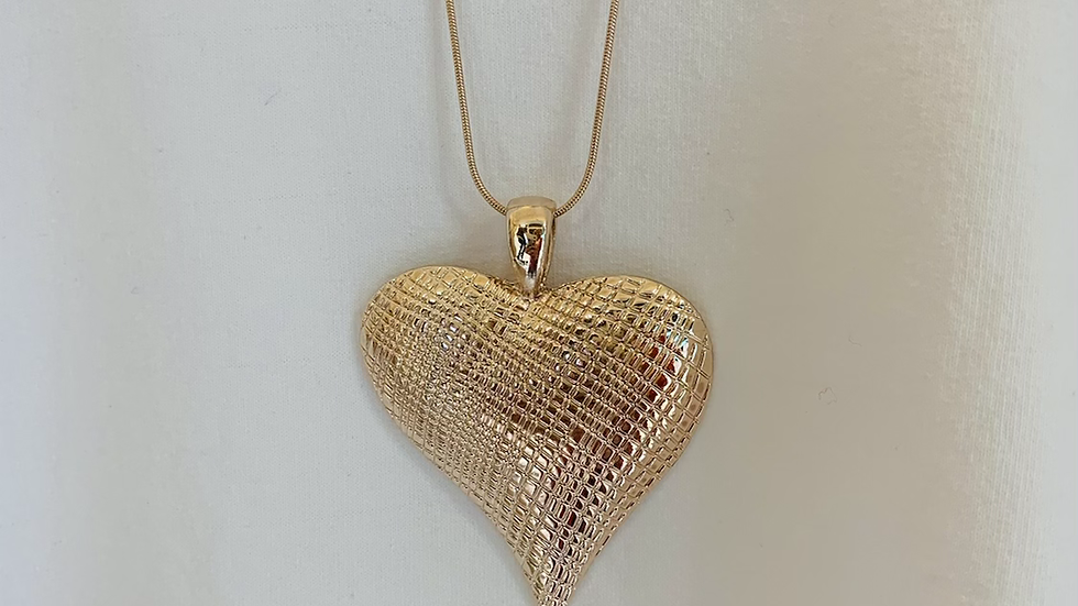 Textured Heart Pendant Long Chain Necklace