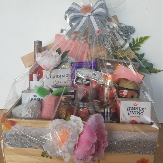 Girlfriend Pamper Hamper