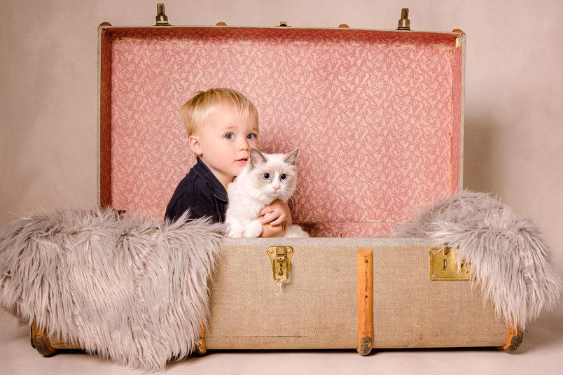 Tunstall_cat_child_05.19-nologo_HR (1 of