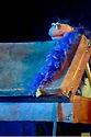 Valise marionnettes rigolotes qui chante du country