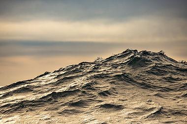 falkland wave swell sunset justin hofman