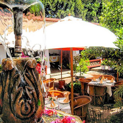 This place! 😍__#sientetecomoencasa #guanajuato #turismo #restaurant #outdoors #restaurante #hotel #