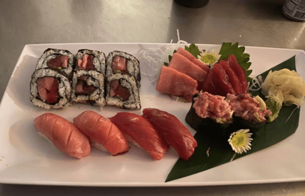Sumo House is a lunch restaurant nearby in Vero Beach