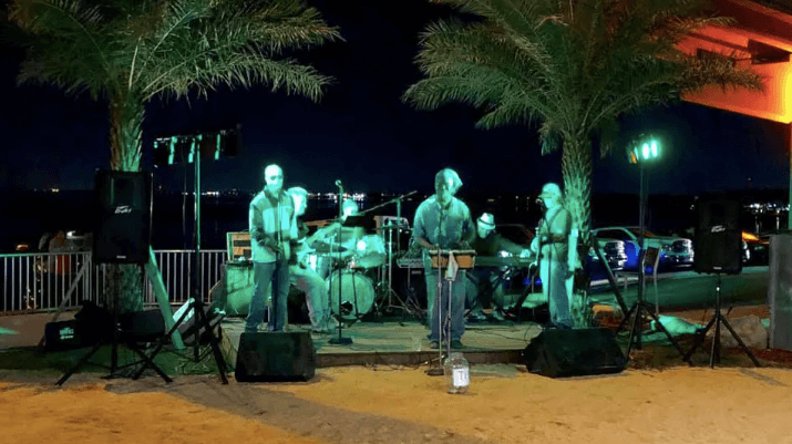Live music at Pier 220 in Titusville, FL