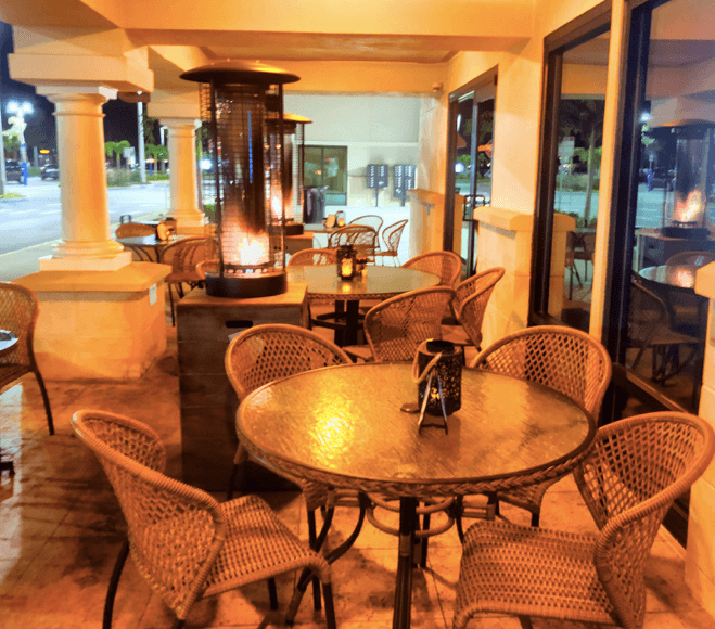 Outdoor patio at Florida's Fresh Seafood Restaurant