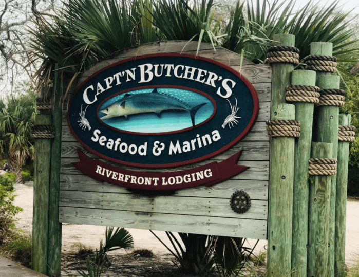 Captain Butcher's Seafood a Sebastian waterfront bar