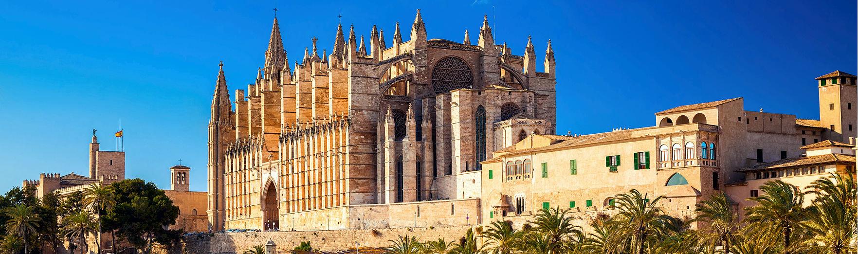 Kathedrale von Santa Maria von Palma und Parc del Marpalma