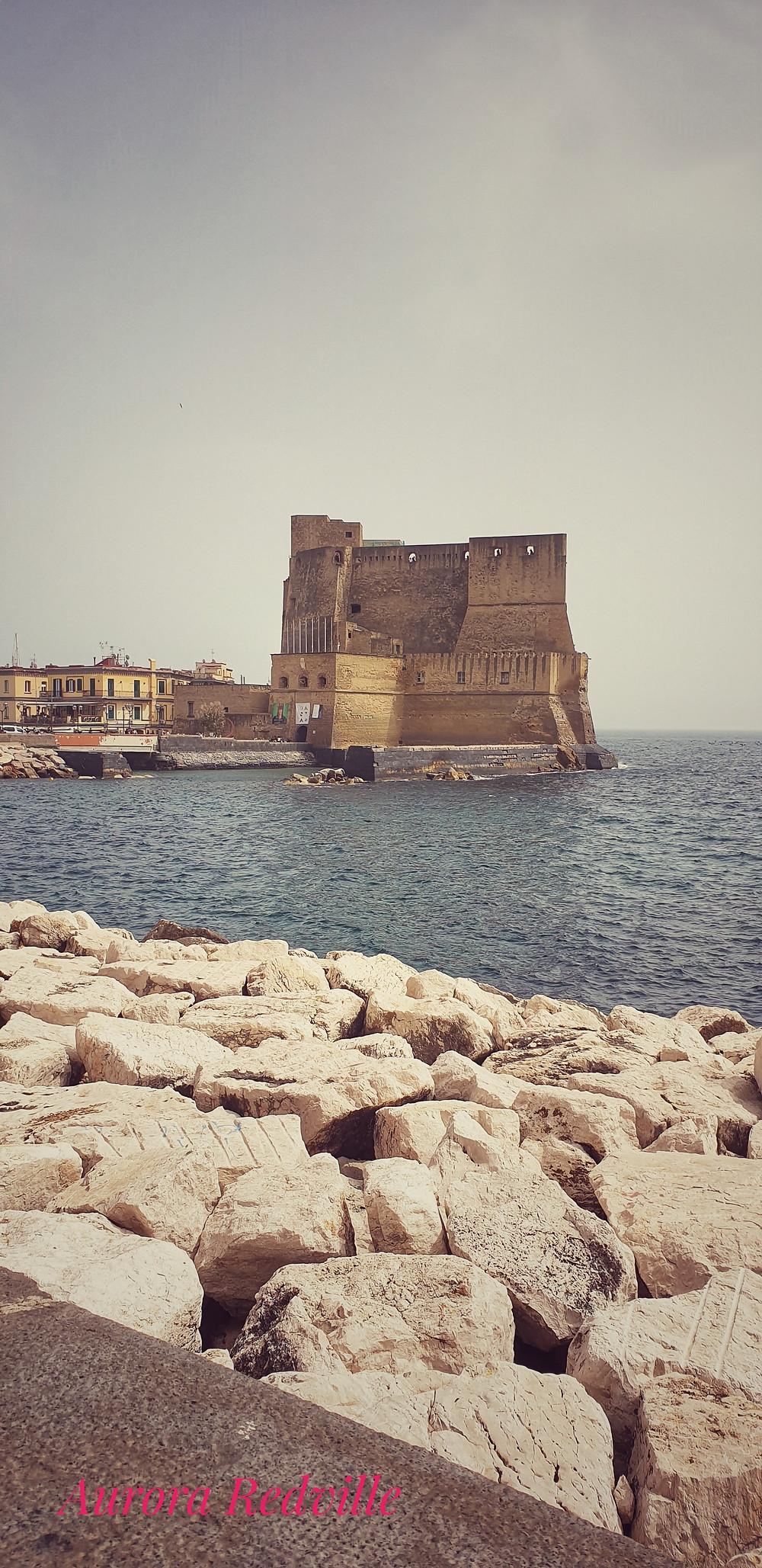 Castel dell'Ovo lungomare di Napoli
