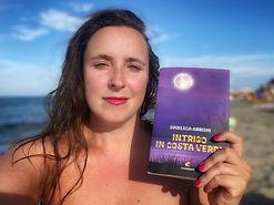 Aurora Redville e Intrigo in Costa Verde