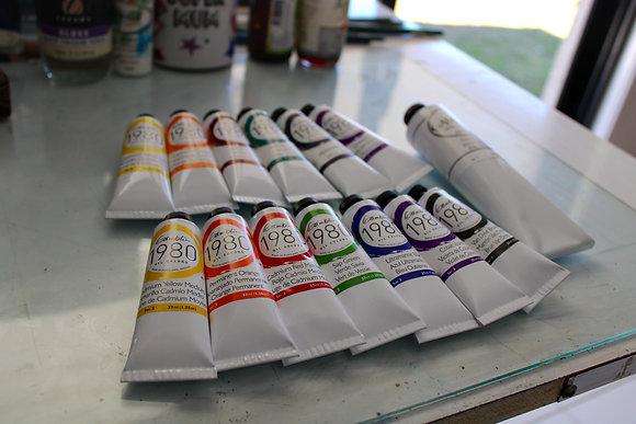 Complete oil color set of warm/cool