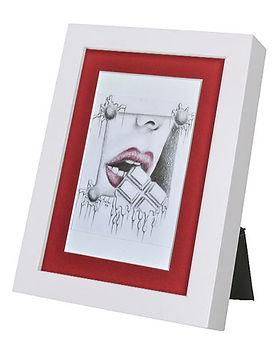 red lips display 1.jpg