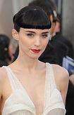 Rooney-Mara-2012-Oscars-Red-Carpet-hair-