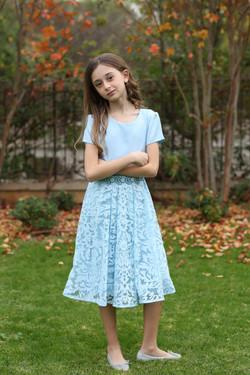 שמלה תכלת