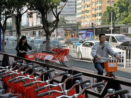 中国城市致力于抑制共享单车过度繁荣