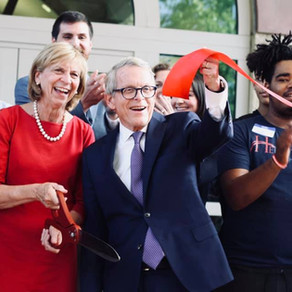 Gov. Dewine cuts the ribbon at Heartland recovery High School