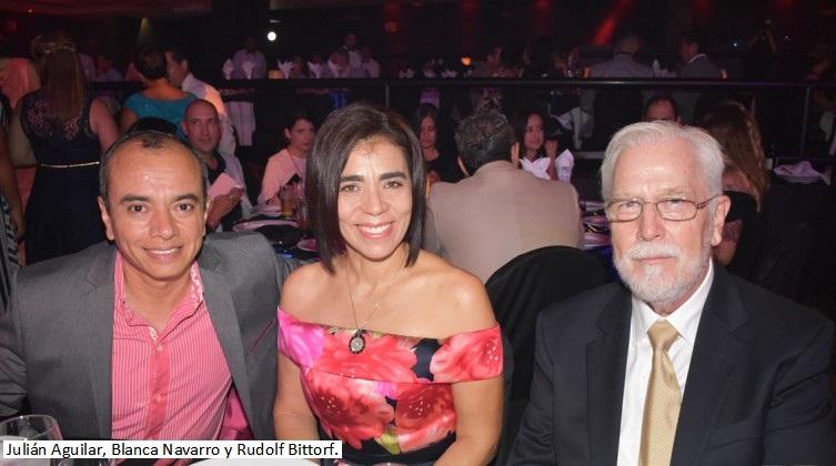 13-Juli†n-Aguilar-Blanca-Navarro-y-Rudol