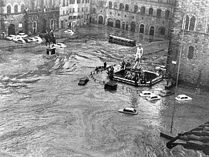 """Dossier WWF """"50 anni dalle alluvioni di Firenze e delle tre Venezie"""""""