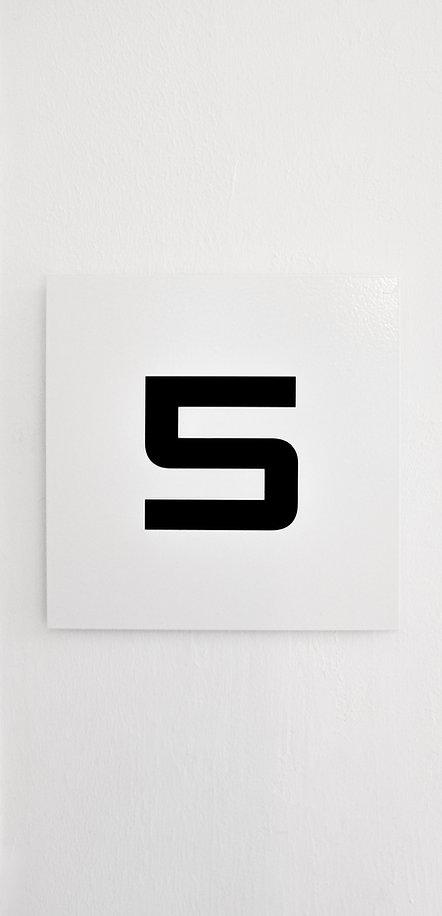 5%20flashcard%20wallpaper_edited.jpg