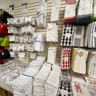 Linens-Blankets-Pillows-Southampton-15.j