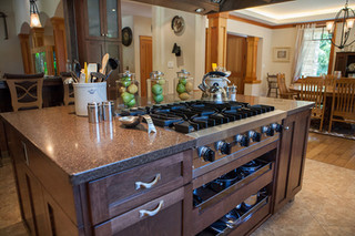 Custom Kitchen Cabinets and Counters, Southampton