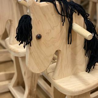 Kids-Mennonite-Furniture-05.jpeg