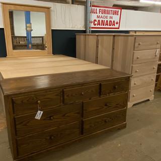 Mennonite-Furniture-Ontario-01.jpeg