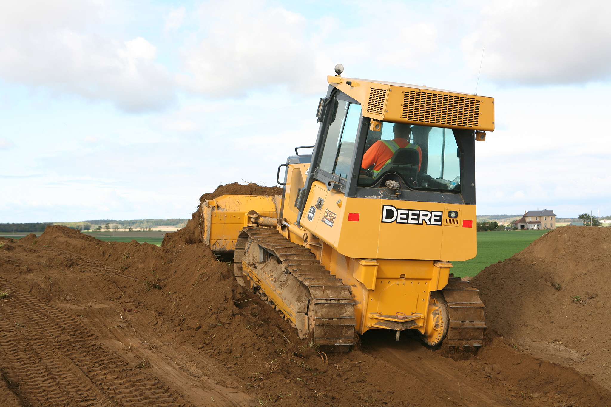 Ackert-Construction-Skid-Steer-2