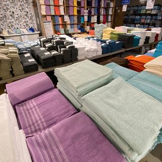 Linens-Blankets-Pillows-Southampton-36.j