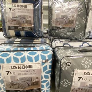 Linens-Blankets-Pillows-Southampton-21.j