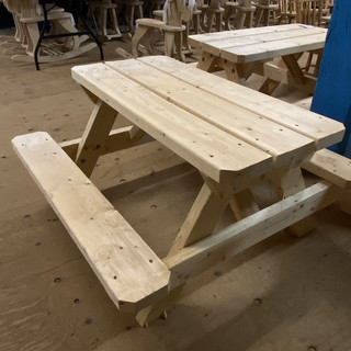 Kids-Mennonite-Furniture-03.jpeg