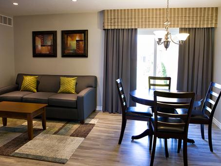 Port Elgin Super 8 Apartment Suite Reno