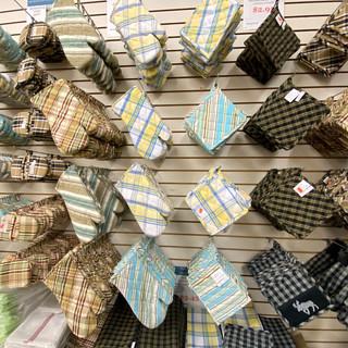 Linens-Blankets-Pillows-Southampton-13.j