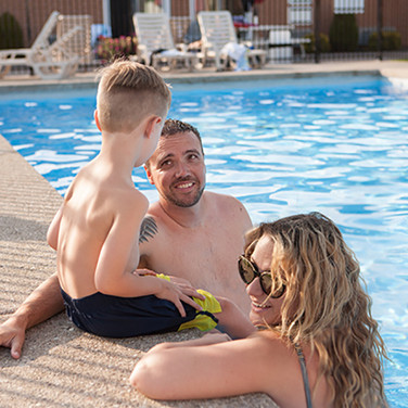 Saugeen Shores Hotel With Outdoor Pool