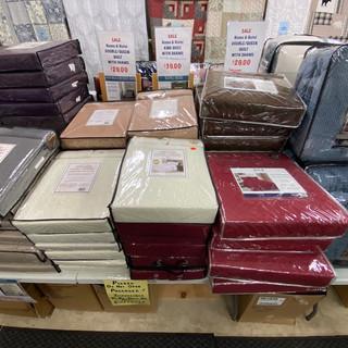 Linens-Blankets-Pillows-Southampton-18.j