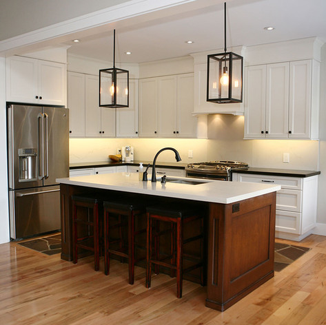 Custom kitchen with island in Saugeen Shores
