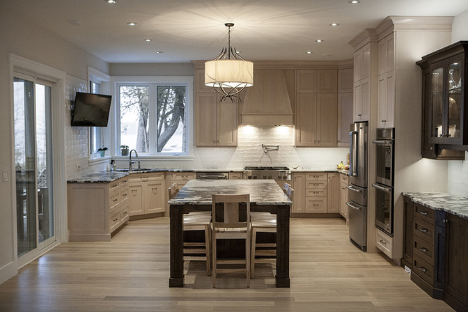 Energy effiecient lake side open concept kitchen, Saugeen Shores ON