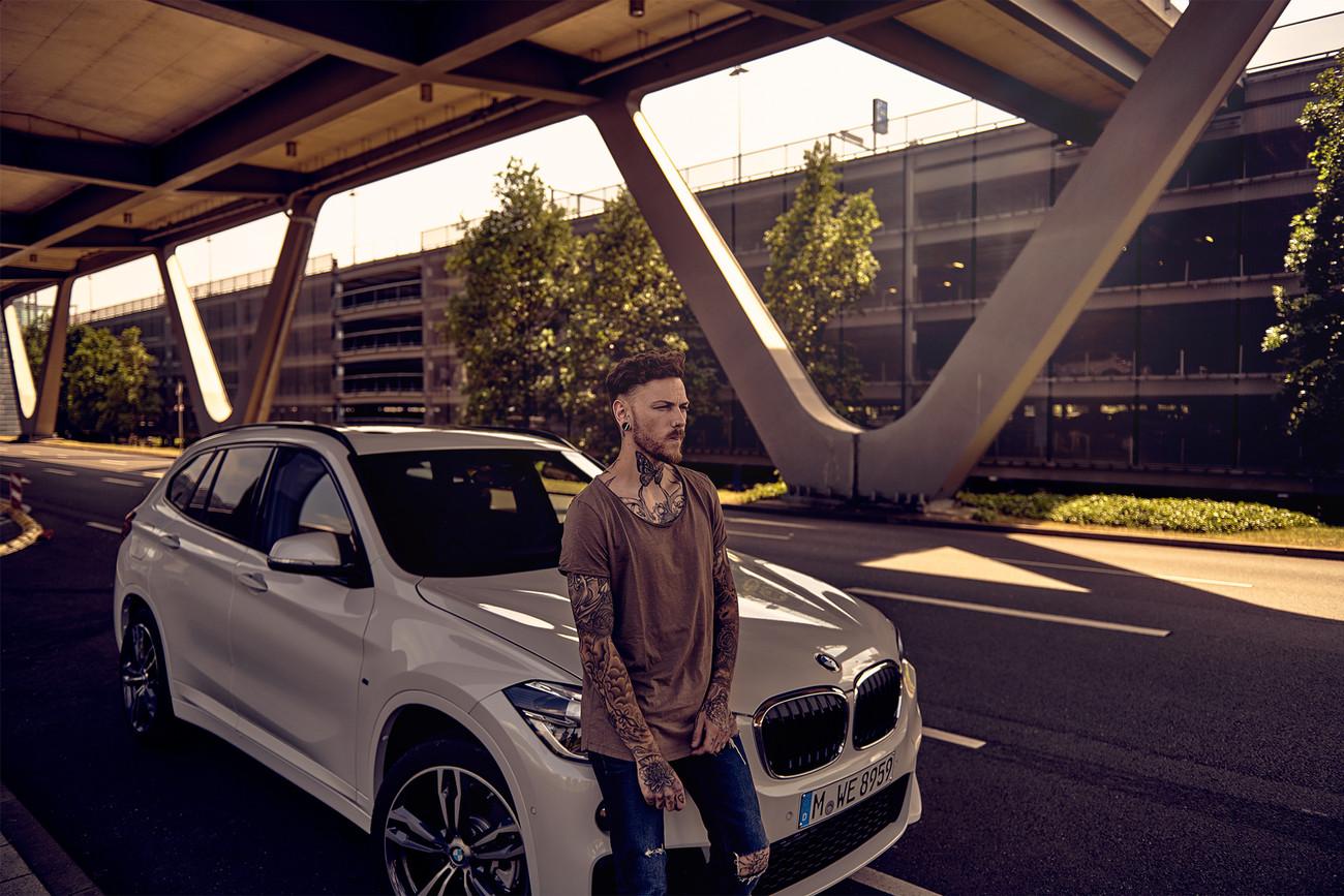BMW_X_DRIVE_7_1500px.jpg