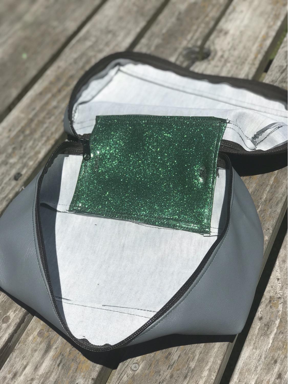 Thumbnail: Jade pod
