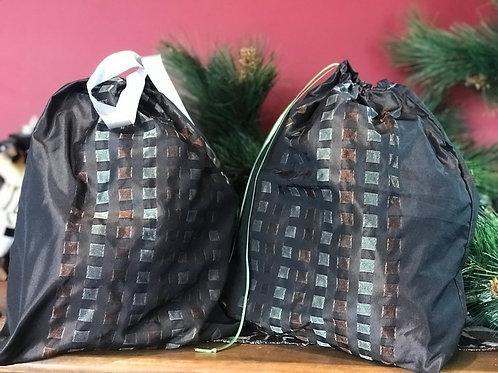 Metallic Silver Gift Bag Set