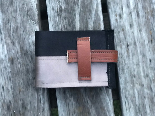 Canterbury Plains - seatbelt wallet