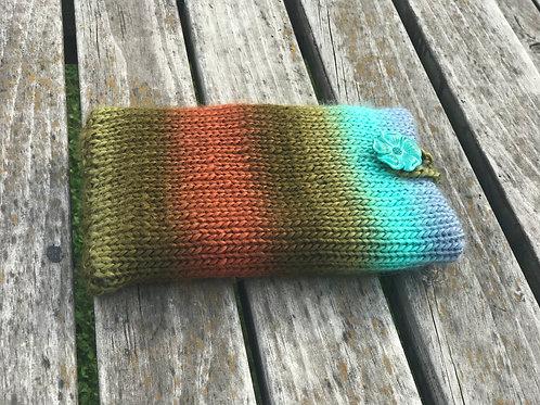 Joyful E-reader pouch