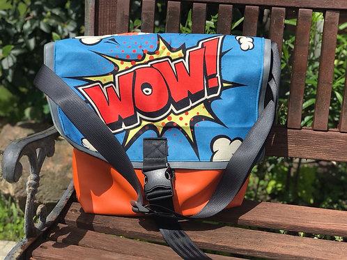 Wow messenger bag