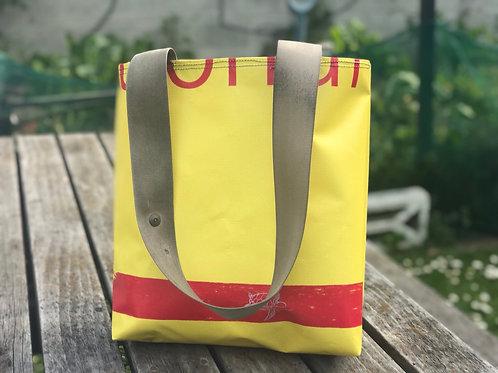 Draw the line- billboard tote bag