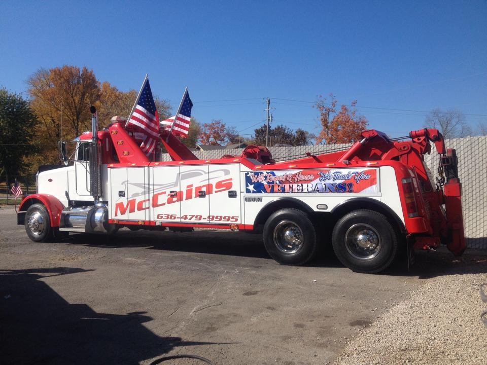 McCain's Towing
